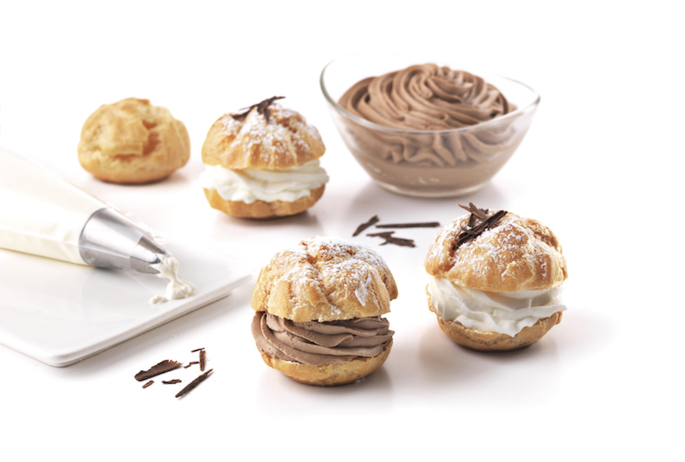 Choux buns filled with cream and chocolate truffle
